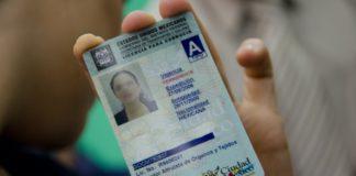 trámite de la licencia de conducir