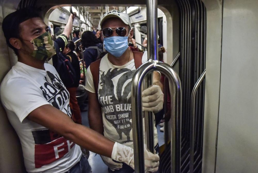 debes-salir-tips-de-higiene-para-usar-el-transporte-publico