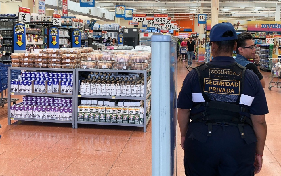 cierran-plazas-y-limitan-acceso-a-supermercados-por-covid-19