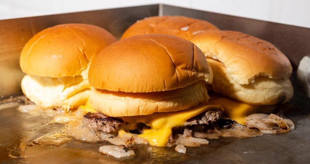 Mr. Blancos: minihamburguesas adictivas las 24 horas del día