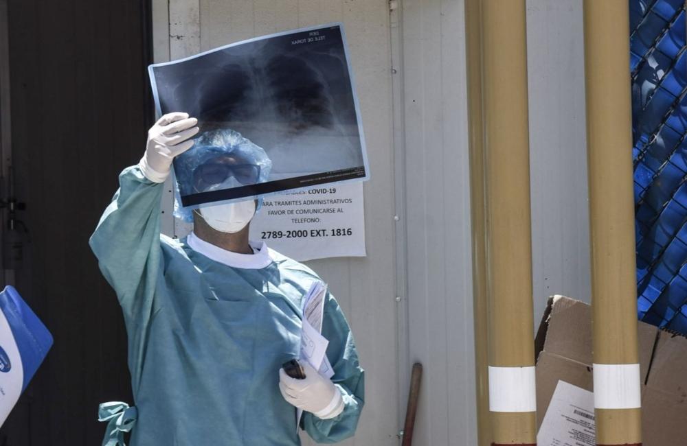 Estiman máxima ocupación hospitalaria en CDMX para finales de mayo