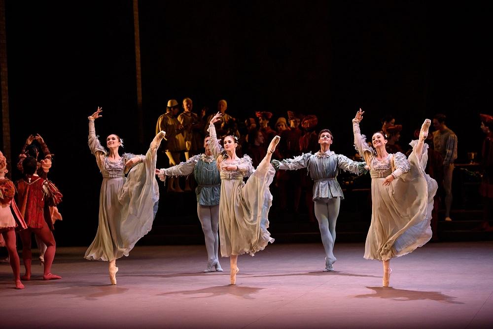 ¡Disfruta GRATIS de Romeo y Julieta con Isaac Hernández!