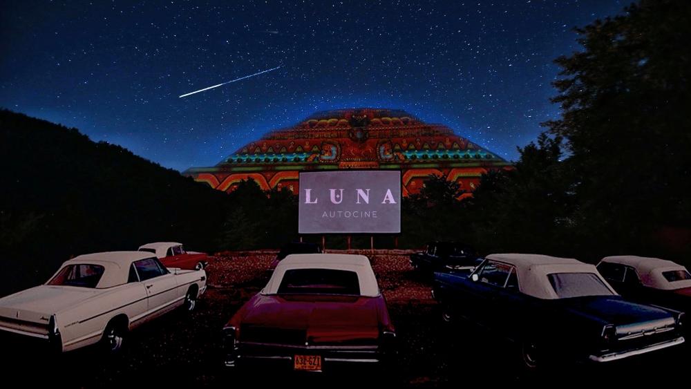 Luna Autocine: el nuevo autocinema en Teotihuacán 🚗🎥