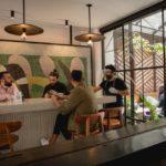 los-bares-cantinas-y-antros-podran-reabrir-como-restaurantes-en-cdmx