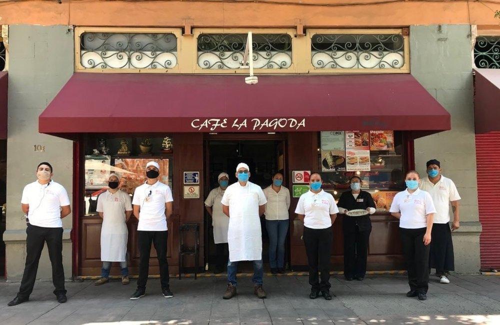 Cafés antiguos de la ciudad en peligro ¡Descubre cómo apoyarlos! ☕✨