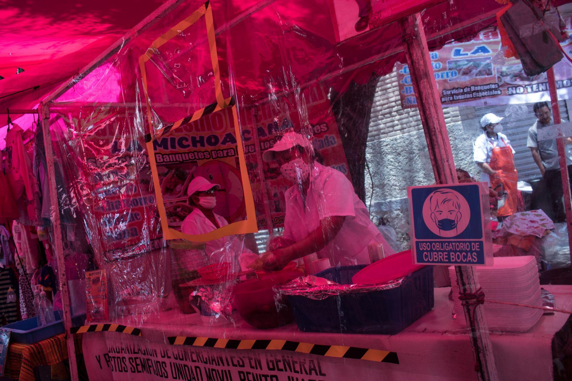 Los 19 tianguis que suspenden actividades por semáforo rojo
