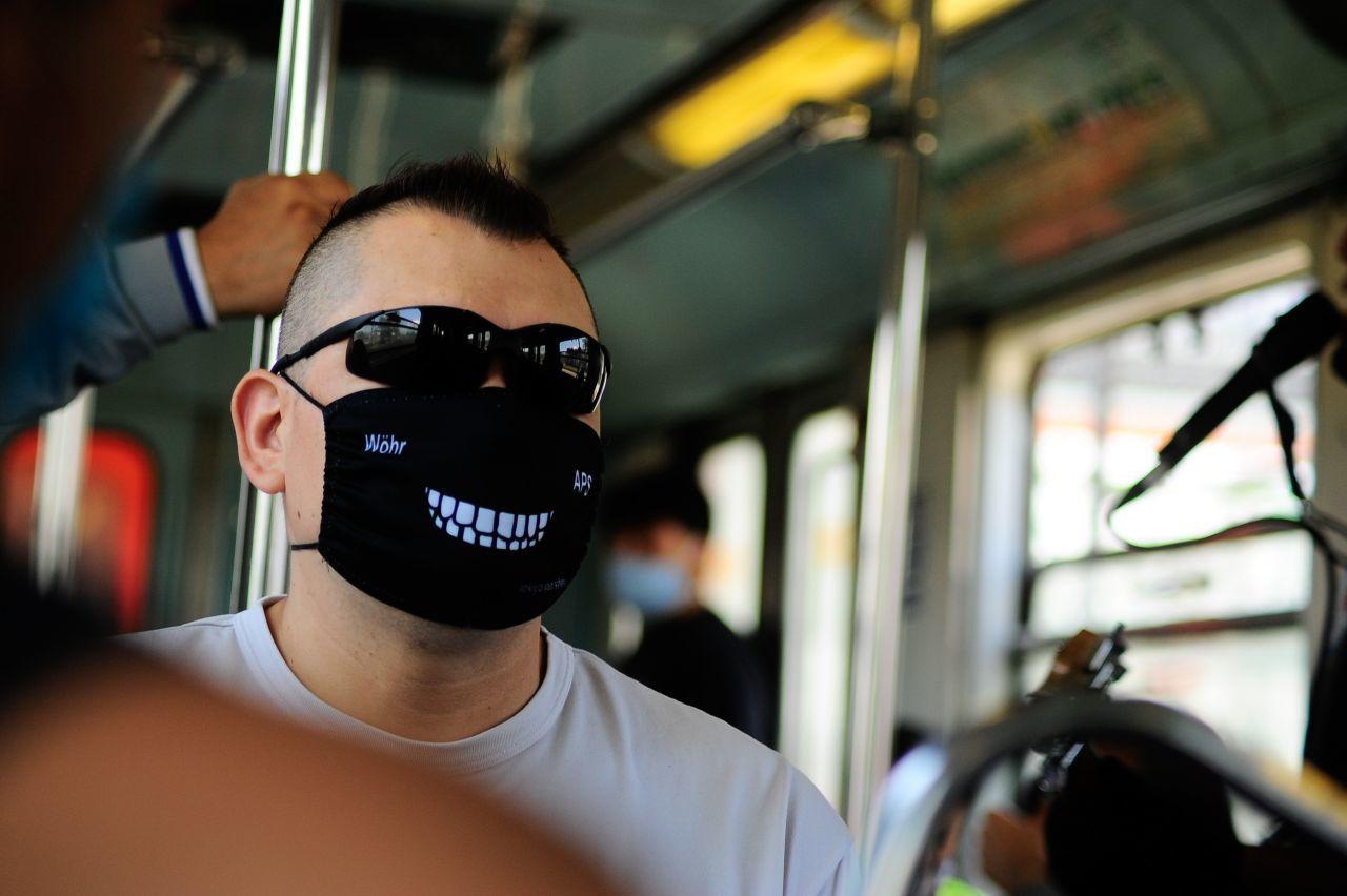 Tururú: llévate una TV de 65 pulgadas con el concurso del Metro