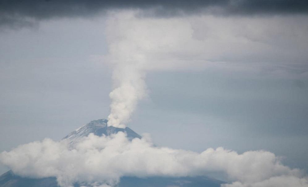 Así se vio la erupción de don Goyo esta madrugada #FOTOS