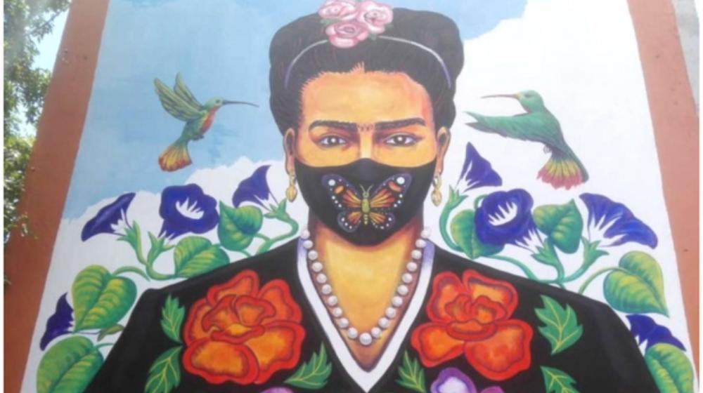 Constituyentes estrena mural de Frida Kahlo ¡con cubrebocas!