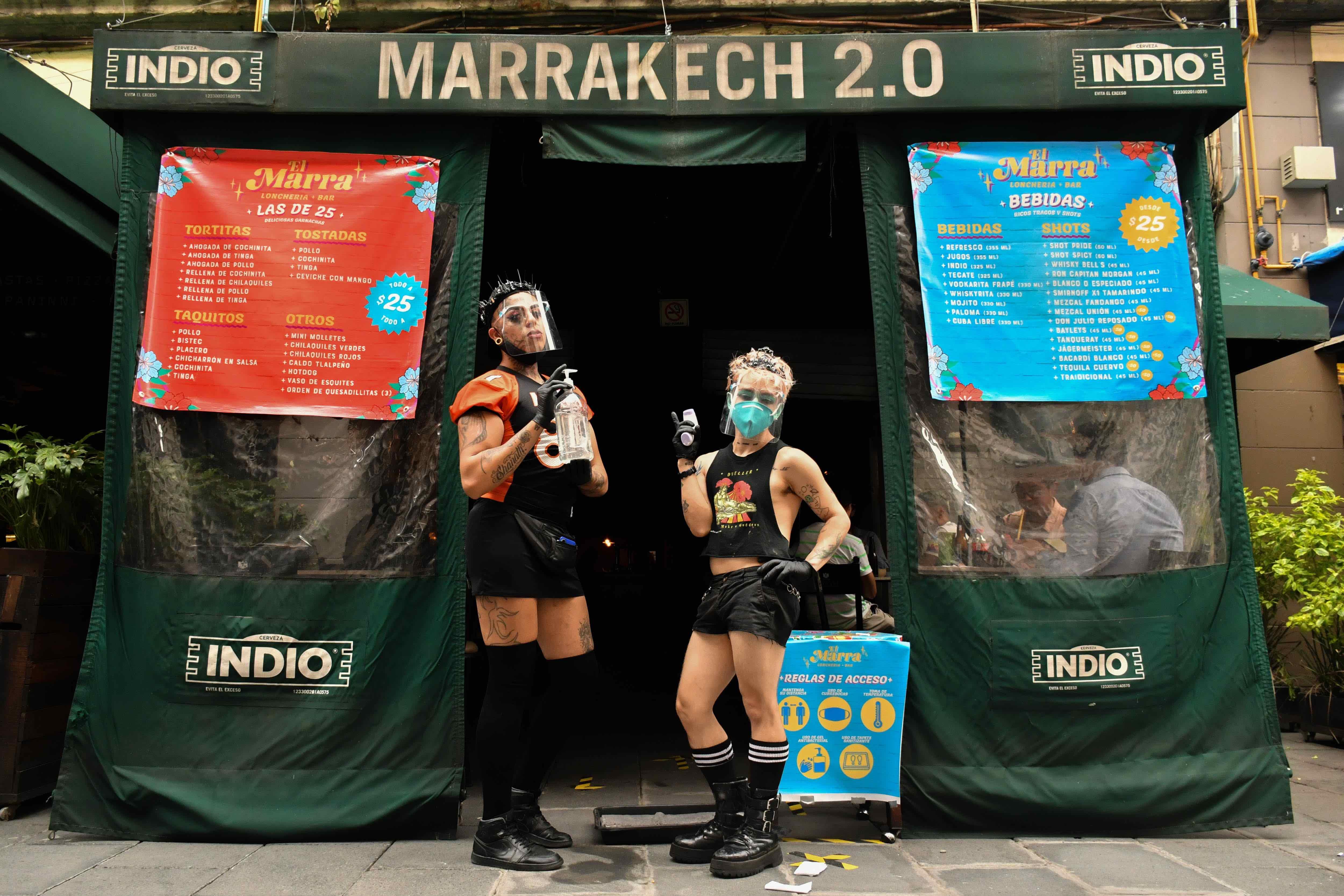El Marra ahora es lonchería con meseras drags, garnachas y tragos a $25