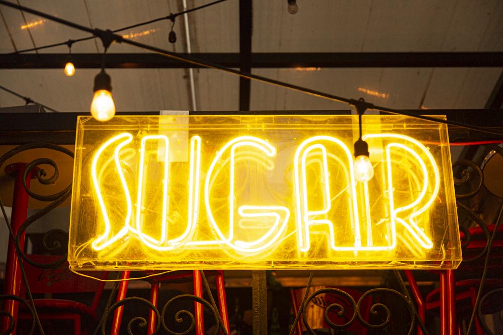 #VIDEO: Sugar, drag, cabaret, tragos y pizza ilimitada a $99