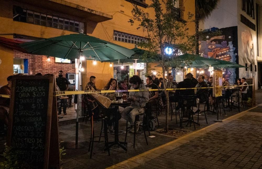 Cierran otra vez bares, cantinas y antros en CDMX ⚠�
