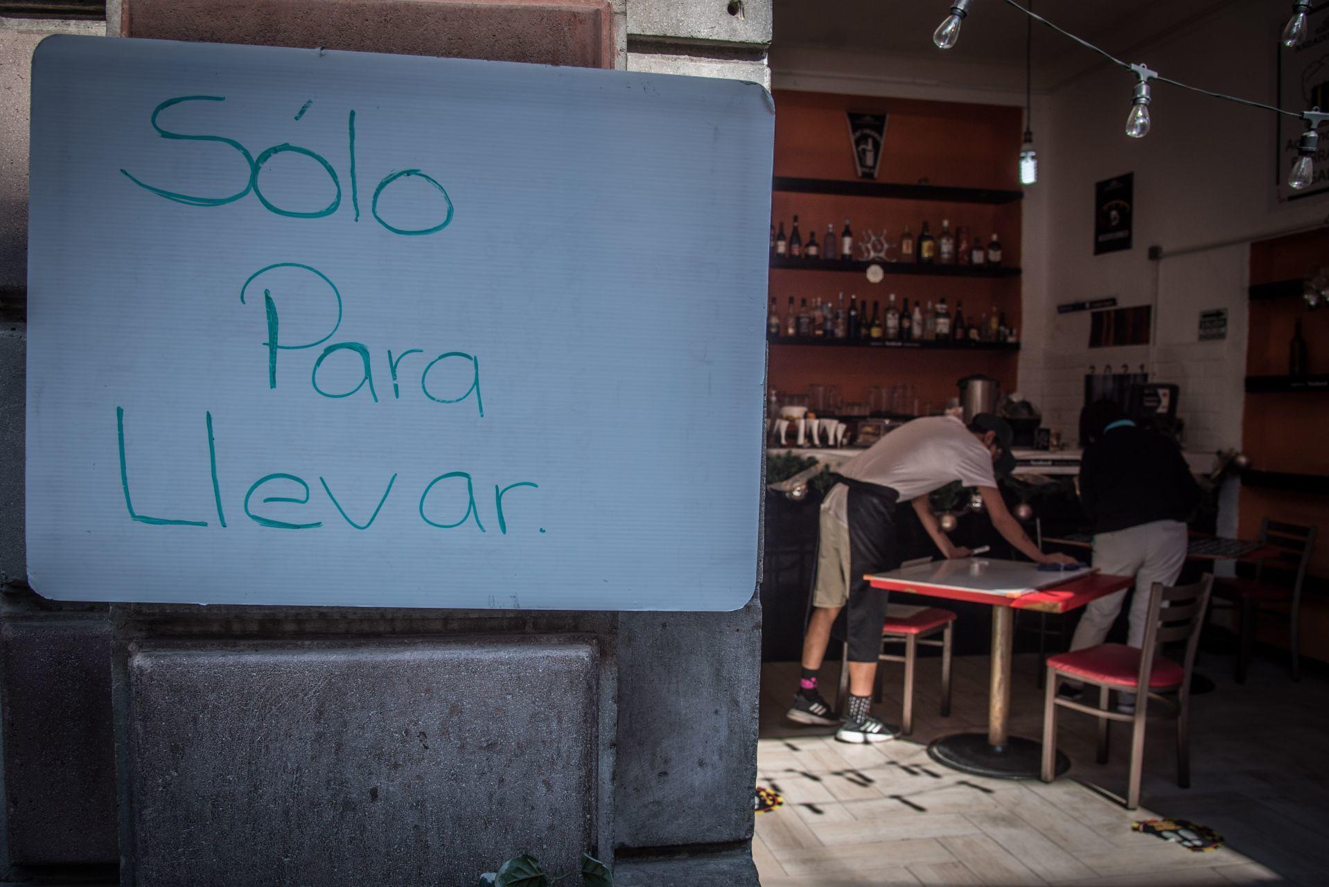 ¿El cierre de restaurantes te dejó sin chamba? Hay apoyos