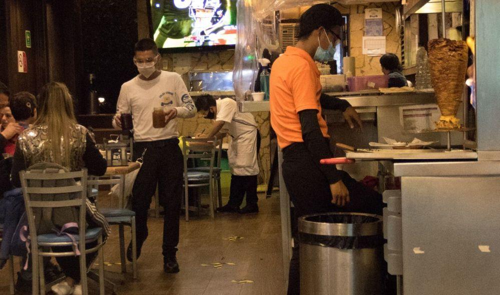 80% de restaurantes y 10 mil negocios quebrarían por cierre