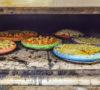 pizzas-de-colores-de-chilaquiles-suadero-pal-insta-%f0%9f%92%9c%f0%9f%8d%95%f0%9f%92%9b