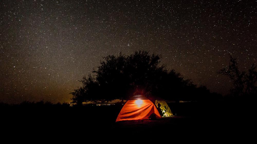 Bájale las estrellas en estas cabañas y glampings cerca de la CDMX 🌌