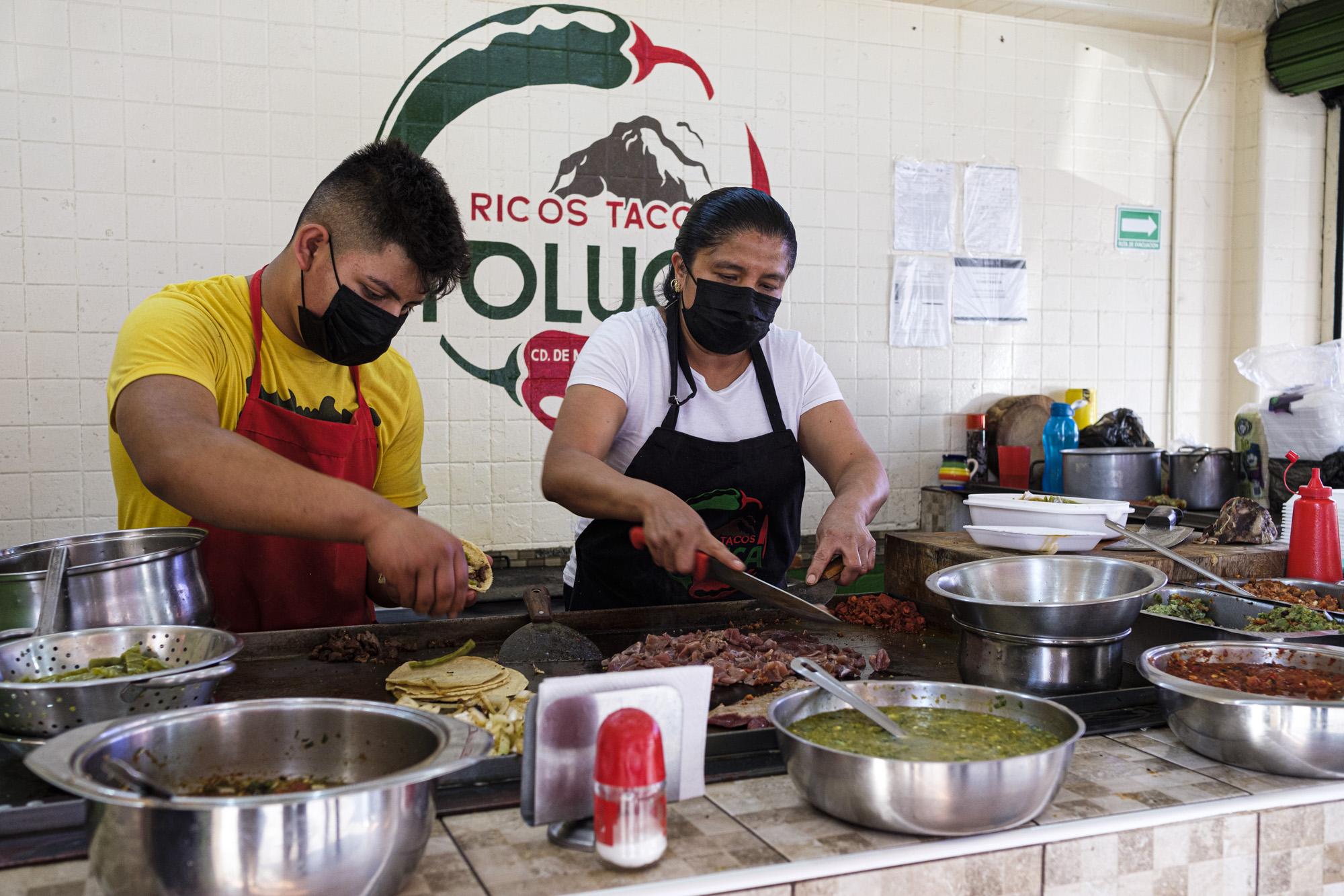 Ricos Tacos Toluca: la taquera detrás de su sabor 🌮