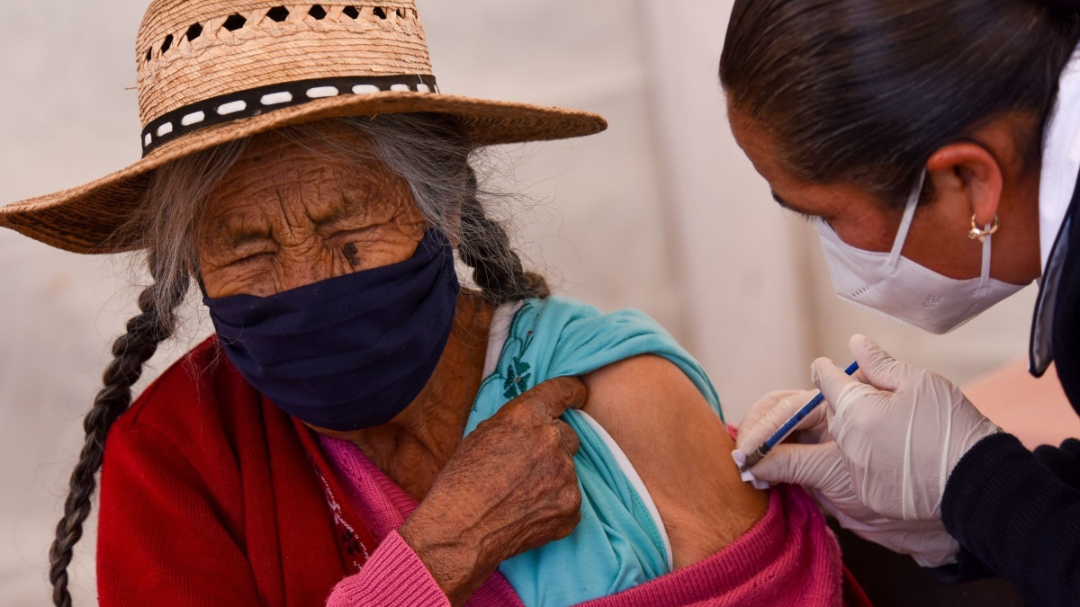Se viene vacunación para 5 alcaldías más; van sedes y fechas 💉 👵�👴�