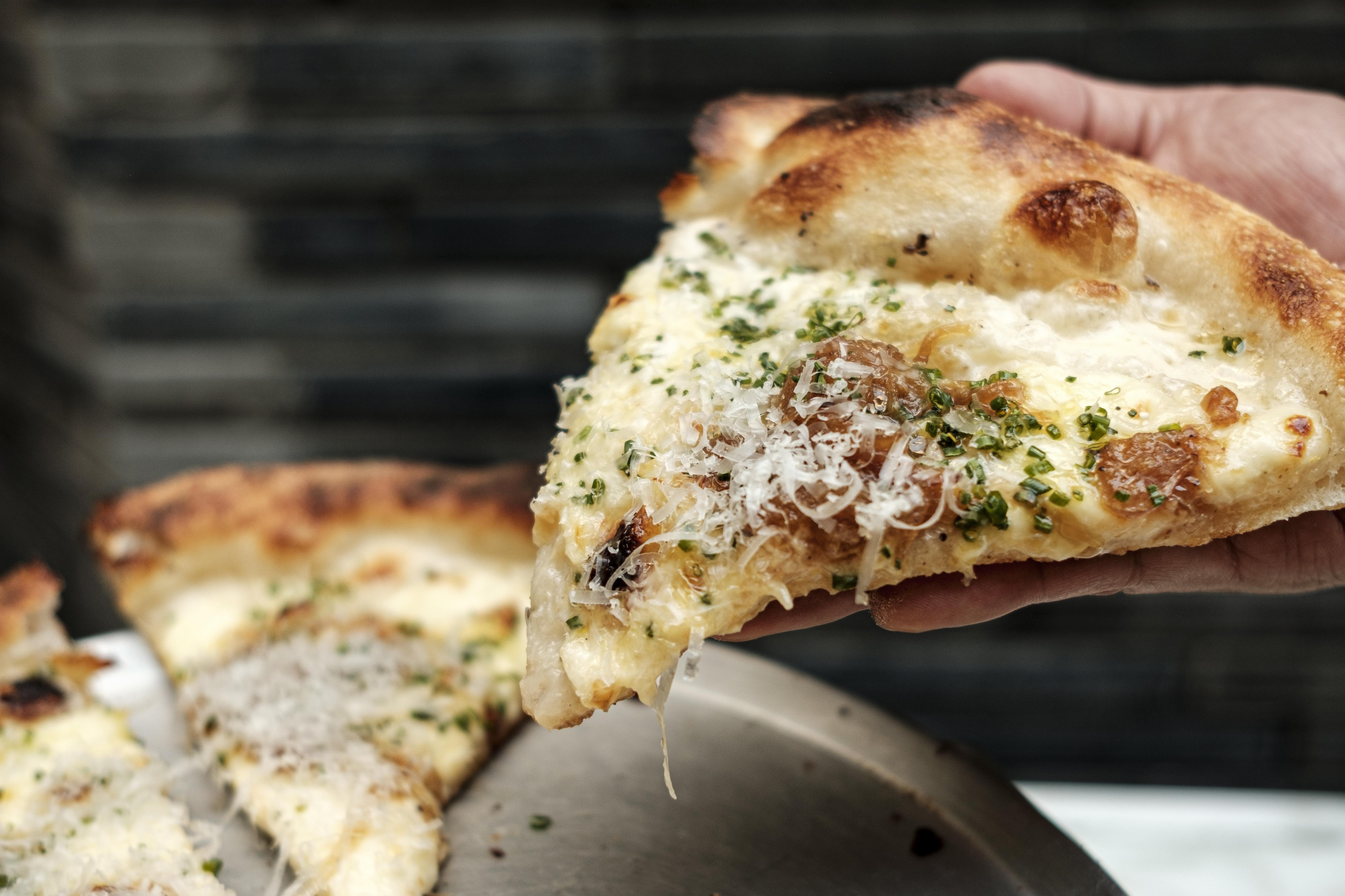 7 nuevas pizzerías que te reenamorarán de la pizza �