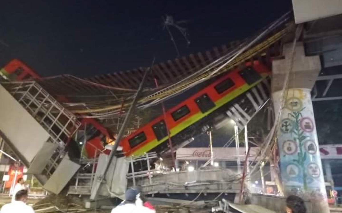 #Videos: colapsa puente y se desploma tren de Línea 12 del Metro
