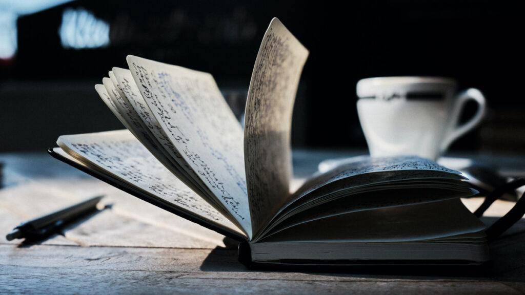 sana-tu-corazon-con-poesia-%f0%9f%92%9c-lanzate-al-nuevo-taller-de-la-libreria-la-moraleja